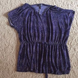 Daisy Fuentes blouse with a gathered waist